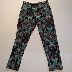 Onzie Abstract Aztec Legging Capris Tight Boho